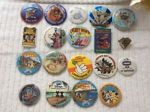 Vintage-Walt-Disney-Large-Lot-Of-19-Mixed-Button-Pins-Includes-Walt-Heart-Pin