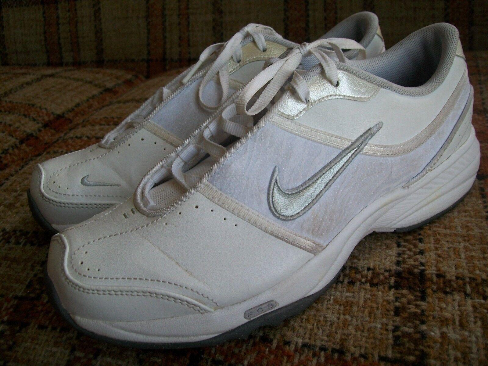 Nike Miler Womens Size 7 () Air Miler Nike White Walker (2009) 354176-101 3e29ea