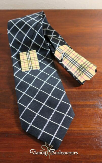 434013855102 NWT Burberry of London Black Diagonal Crossed Stripe Silk Necktie Tie
