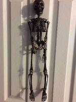 Yikes In The Yard - Mini Hanging 20 Black/gold Skeleton - Halloween -
