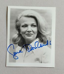 hand-signed-Gena-Rowlands-B-amp-W-photo-autographed-4-x-5-authentic