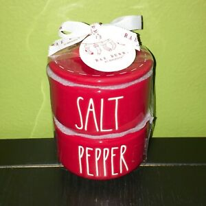 RAE-DUNN-Holiday-Christmas-LL-034-SALT-034-amp-034-PEPPER-034-Red-Stacked-Cellars-W-Gift-Tag