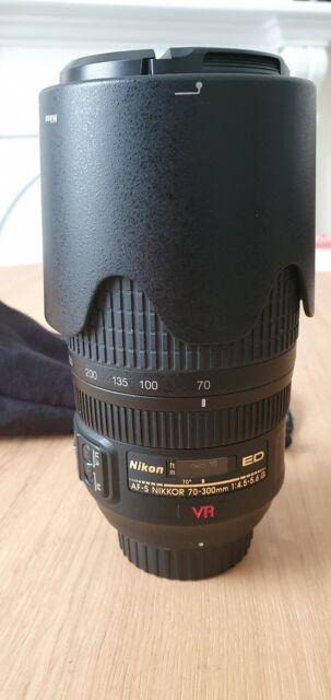 VR Nikon AF-S Nikkor ED 70-300mm Lens 1:4.5-5.6G