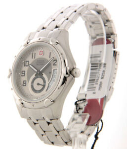 Wenger-Swiss-Army-Military-Men-039-s-Stainless-Strap-Watch-79008-blemished