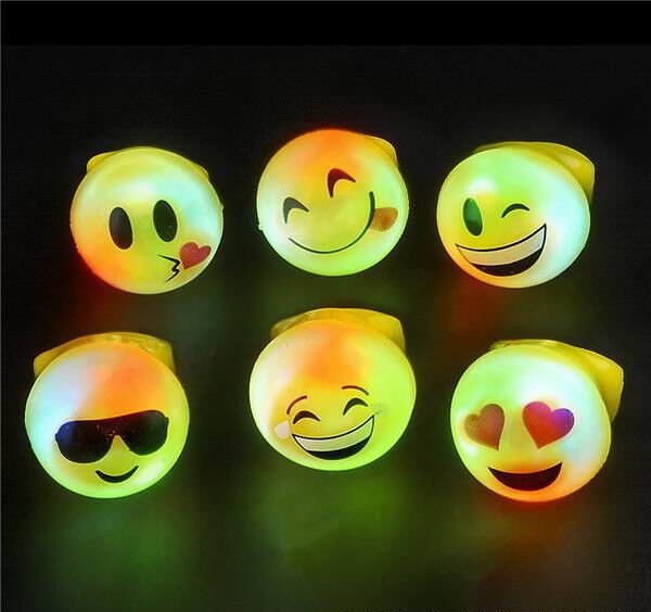 100 WHOLESALE LED LIGHT UP FLASHING EMOJI RINGS EMOTICON JELLY RING PARTY FAVORS