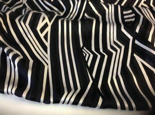 "Nouveau Designer Soie//Viscose marocain satin crepe abstrait tissu 55/"" 141 cm Karen"