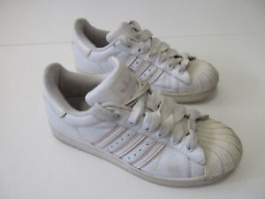97ac1d306f2 Women s ADIDAS  Superstar 2  05  Sz 6 US Casual Shoes VGCon