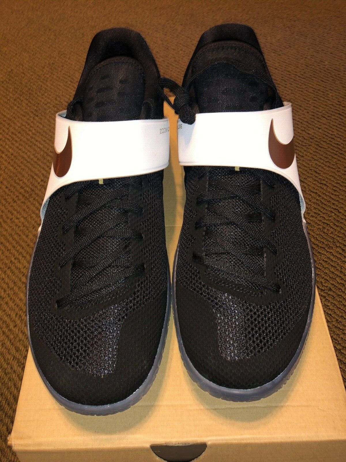 Nike Zoom Live men basketball sneakers low black white gold 852421 Size 14.5