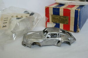 Grand-Prix-Models-Kit-a-monter-1-43-Porsche-911-Carrera-RSR-Winner-Norising-75