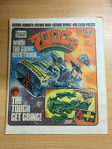 2000AD-PROG-258-3-APRIL-1982-UK-LARGE-PAPER-COMIC-JUDGE-DREDD
