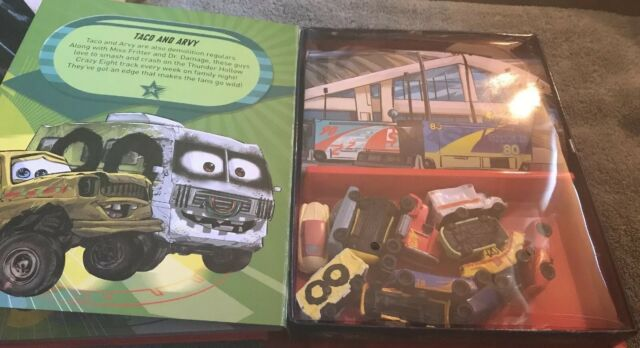 Disney Pixar Cars 3 My Busy Books 12 Vehicles Play Mat