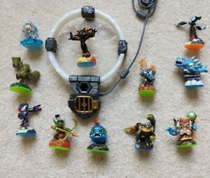 Skylanders-trap-team-portal-and-Figure-lot-for-swap-force