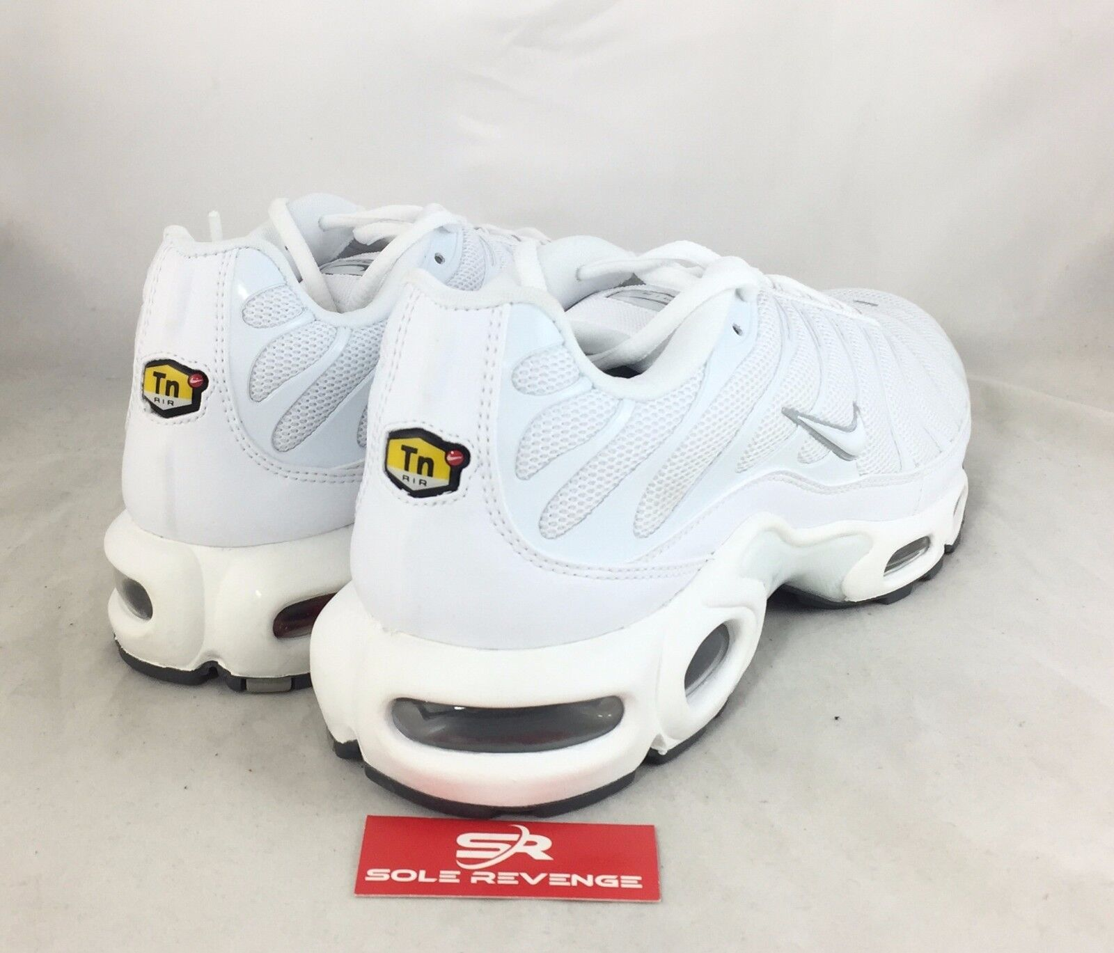 New NIKE AIR MAX PLUS TN White Cool Gray Tuned Air Shoes 604133 139 c1