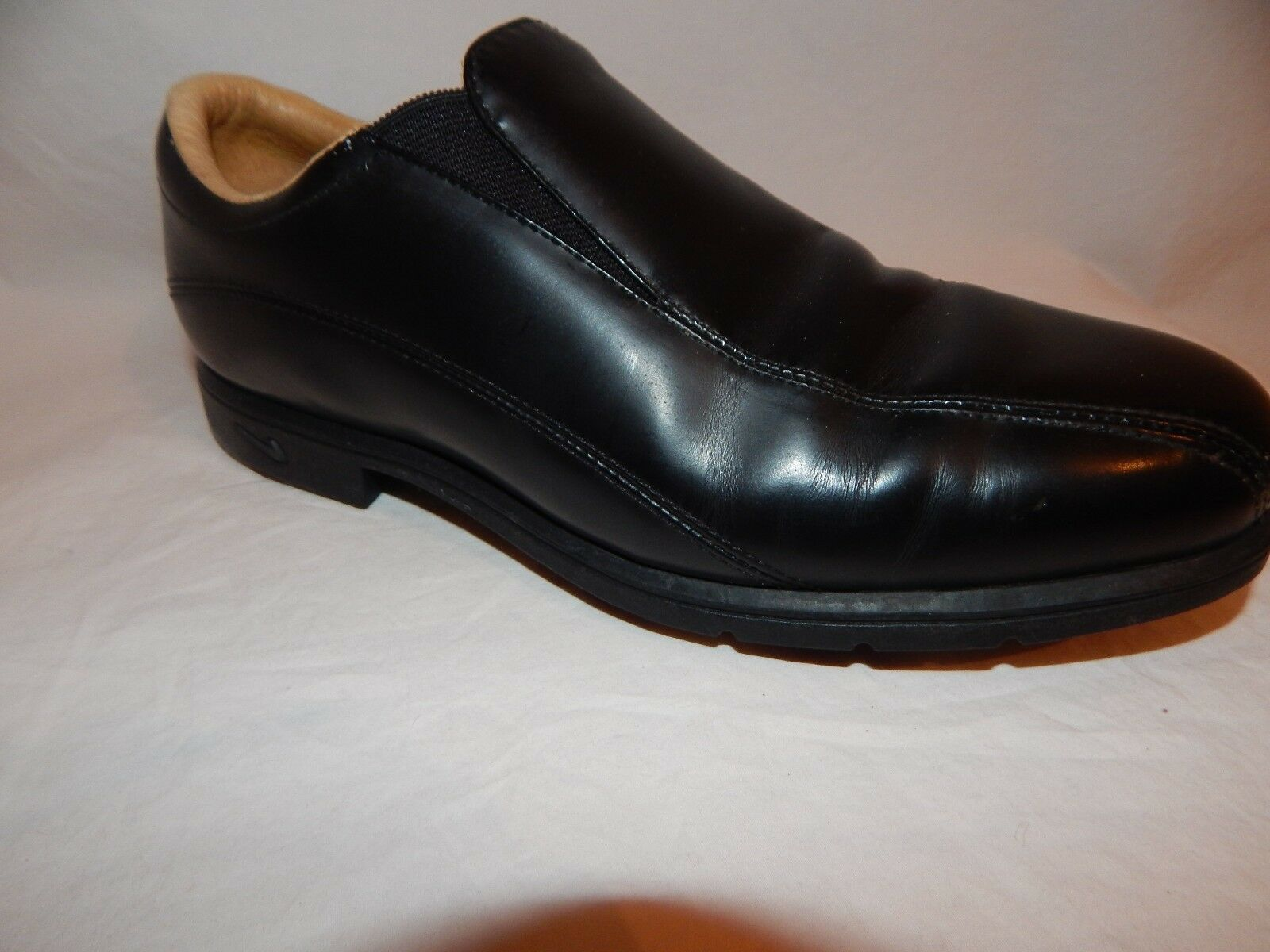 NIKE AIR LADIES COMFORT LADIES AIR BLACK LEATHER SLIP-ON CLEATED GOLF SHOES SIZE 8 M b44d12