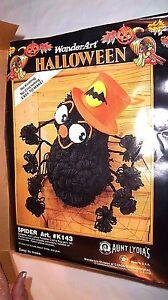 BLACK SPIDER Halloween Craft Yarn Kit 1992 WonderArt Caron #K143 Vtg NEW UNUSED