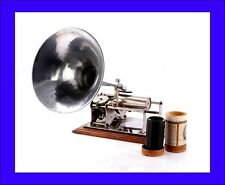 Antique French Phénix Phonograph  in Working Order. France, Circa 1900