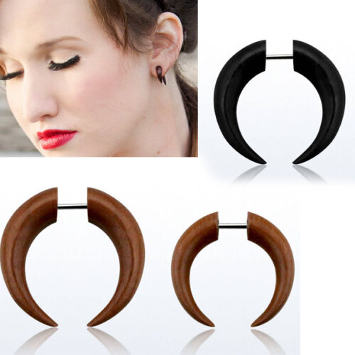 Pair 16G Illusion Stick Post Earrings Faux Gauges Wood Pincher Shape Claw Plugs