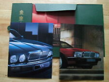 JAGUAR XJ6 & SOVEREIGN 3.2 & 4.0 1993 UK Mkt Sales Portfolio Pack with Brochures