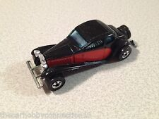 Hot Wheels 1980 Used Two-Tone Black/Red 1937 Bugatti Type 57 Diecast 1:64 Car