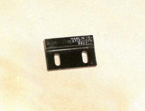 HAMLIN 57135-000 57135 Sensor Acutator Magnetic Reed Switch QTY 2
