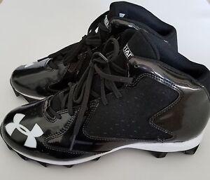 UA Hammer Mid RM Sneaker Cleats SZ 9