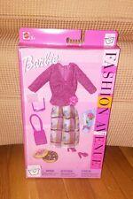 RARE~2002~BARBIE FASHION AVENUE~PINK TOP~MULTI-COLOR SPARKLY SKIRT~NRFB~25702