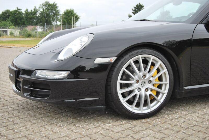 Porsche 911 Carrera S Coupé - 3