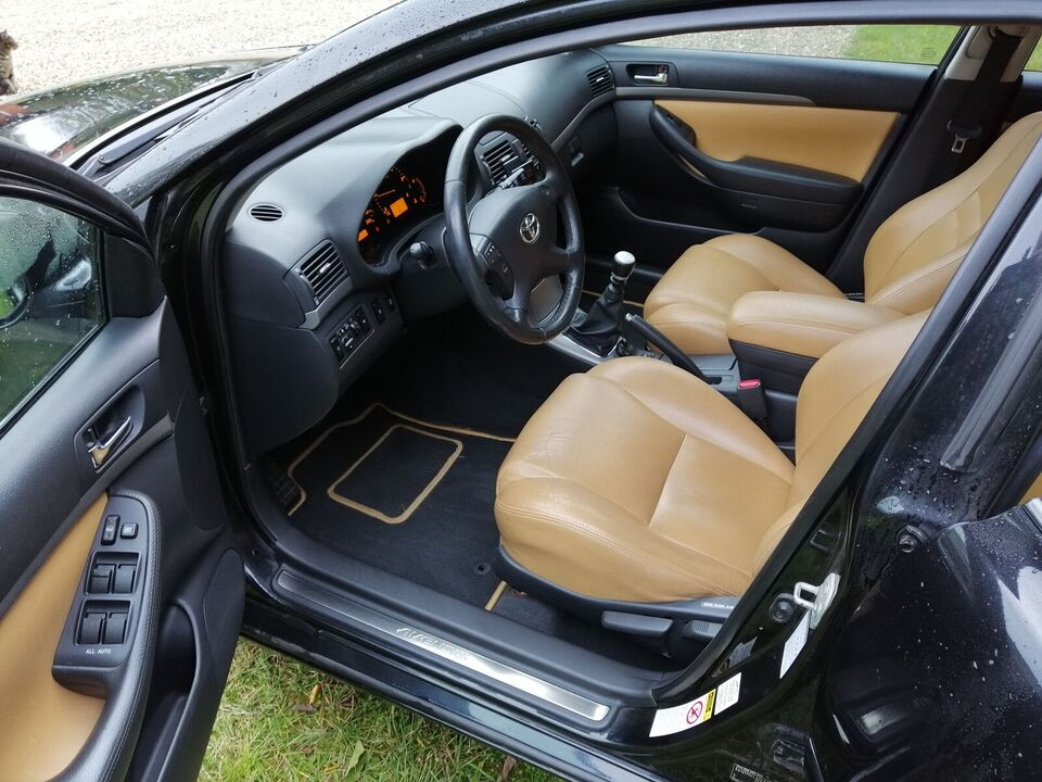 Toyota Avensis, 2,0 D-4D Sol stc., Diesel