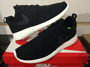 nike roshe run yeezy black