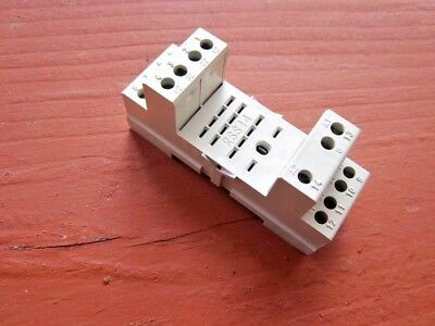 10 FINDER RELAY SOCKETS RSS14 5 AMP 300 VAC NEW
