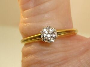 LOVELY-VINTAGE-BAILEY-BANKS-amp-BIDDLE-18KT-GOLD-1-3-CTW-DIAMOND-ENGAGMENT-RING