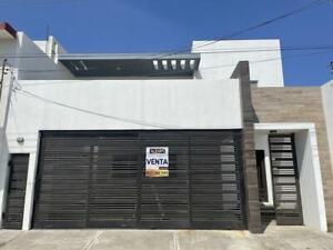 Casa - Manuel R Diaz