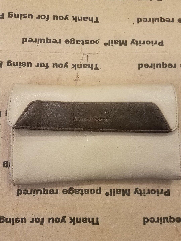 Liz claiborne wallet leather*