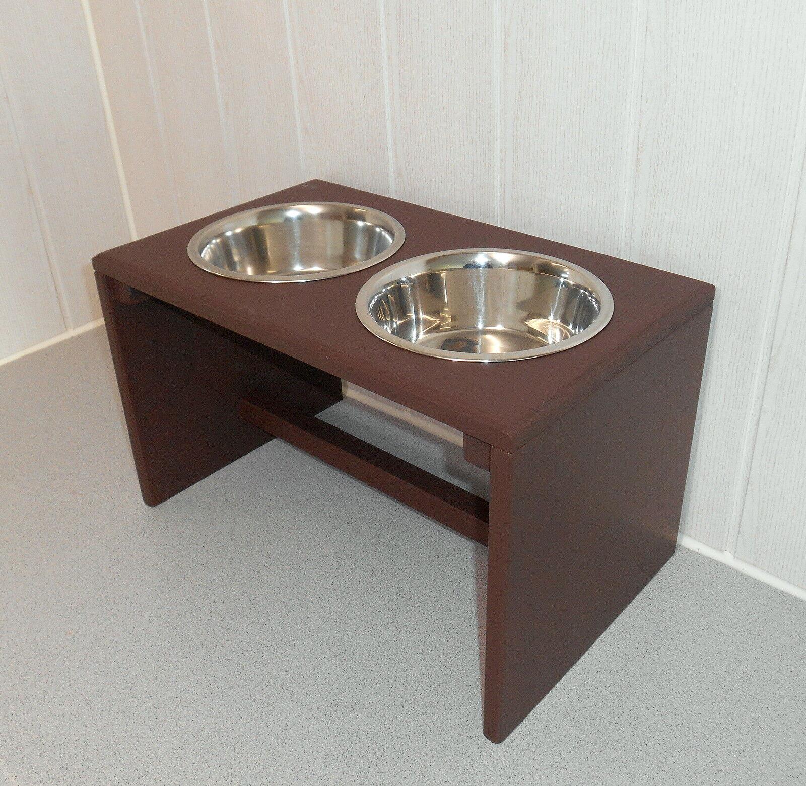 Hundenapf   Hundebar    braun. gr. Näpfe, Futterstation, Napfhalter (133)