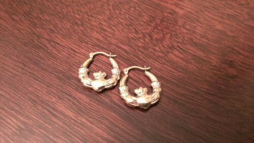 10K YELLOW GOLD POLISHED CLADDAGH HOOP EARRINGS  HOLLOW HOOPS   0.71 INCH