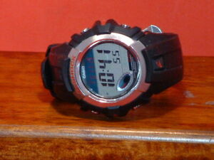 Pre-Owned-Retro-Men-s-Casio-G-Shock-Digital-Watch