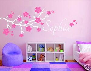 Details zu Wandtattoo Kinderzimmer, Mädchen Baby Aufkleber Baum mit Blumen  + Name pkm6