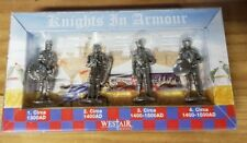 4 Knight Metal Figures in Box Soldiers Medieval Christian Crusaders Lords bnip