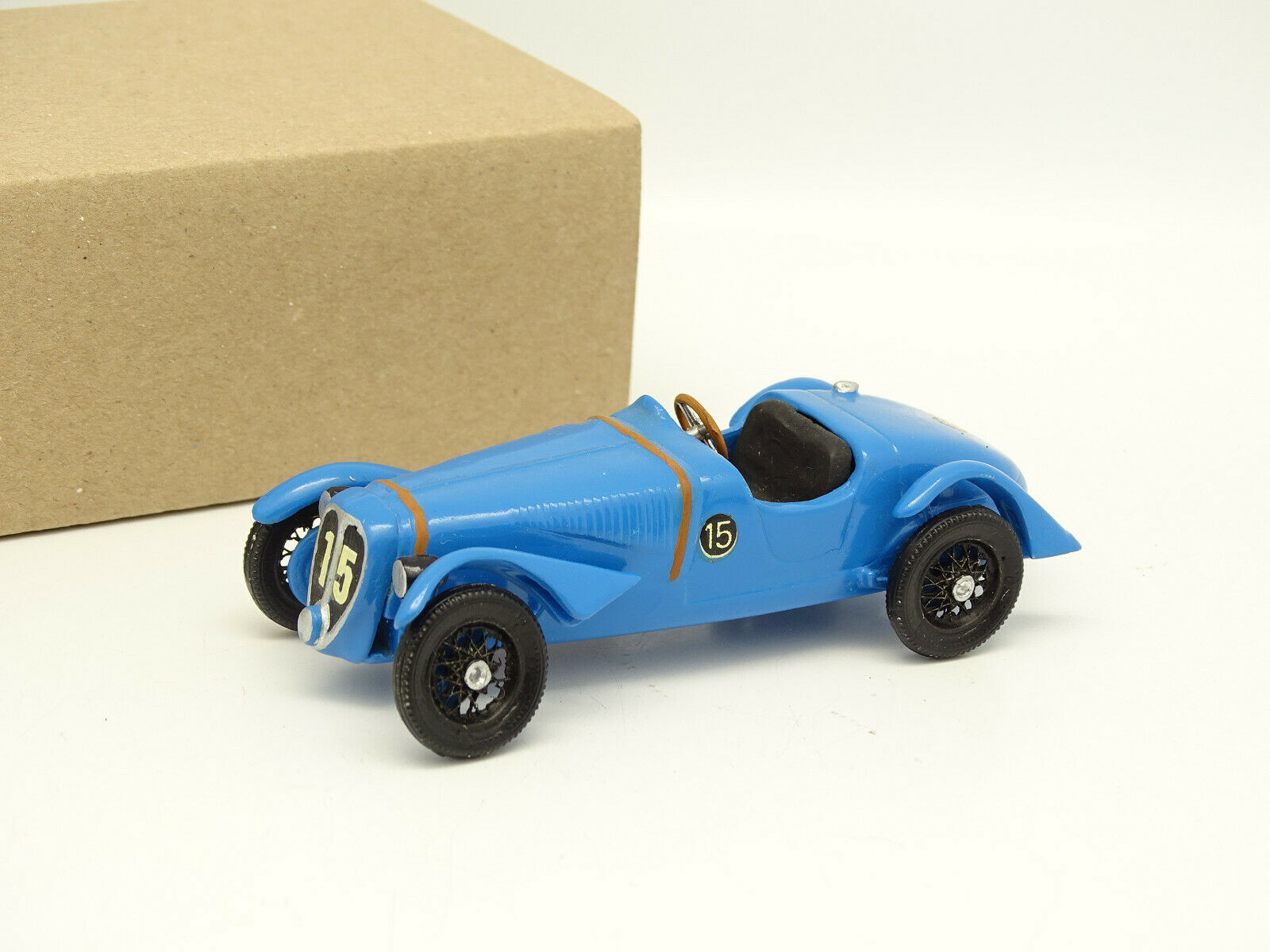 Kit Mounted 1 43 - Delahaye 135 Cs N°15 Winner le Mans 1938