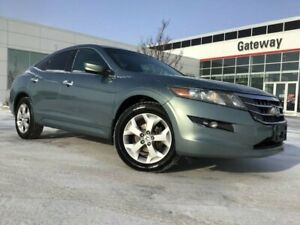 2010 Honda Accord Crosstour EX-L 4WD with Leather Interior and Nav!