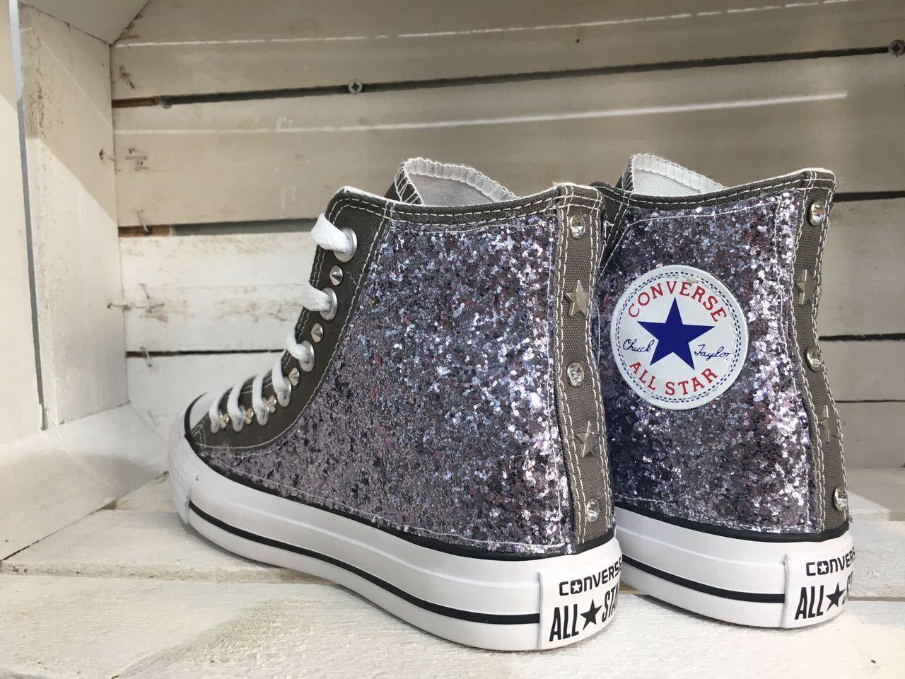 Los zapatos más populares para hombres y mujeres Barato y cómodo converse all star chuck taylor personalizzate con borchie glitter e stelle