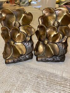 Vintage-Metal-Philadelphia-Mfg-Bookends-Dogwood-Flowers-Hand-Cast