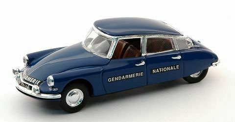 Citroen ds 19 gendarmerie 1965 1 43 forze dell'ordine scala rio