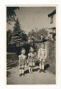 Details Zu 15 537 Foto Kinder Mit Feiner Alter Kleidung Um 1939 Affenschaukeln Frisur