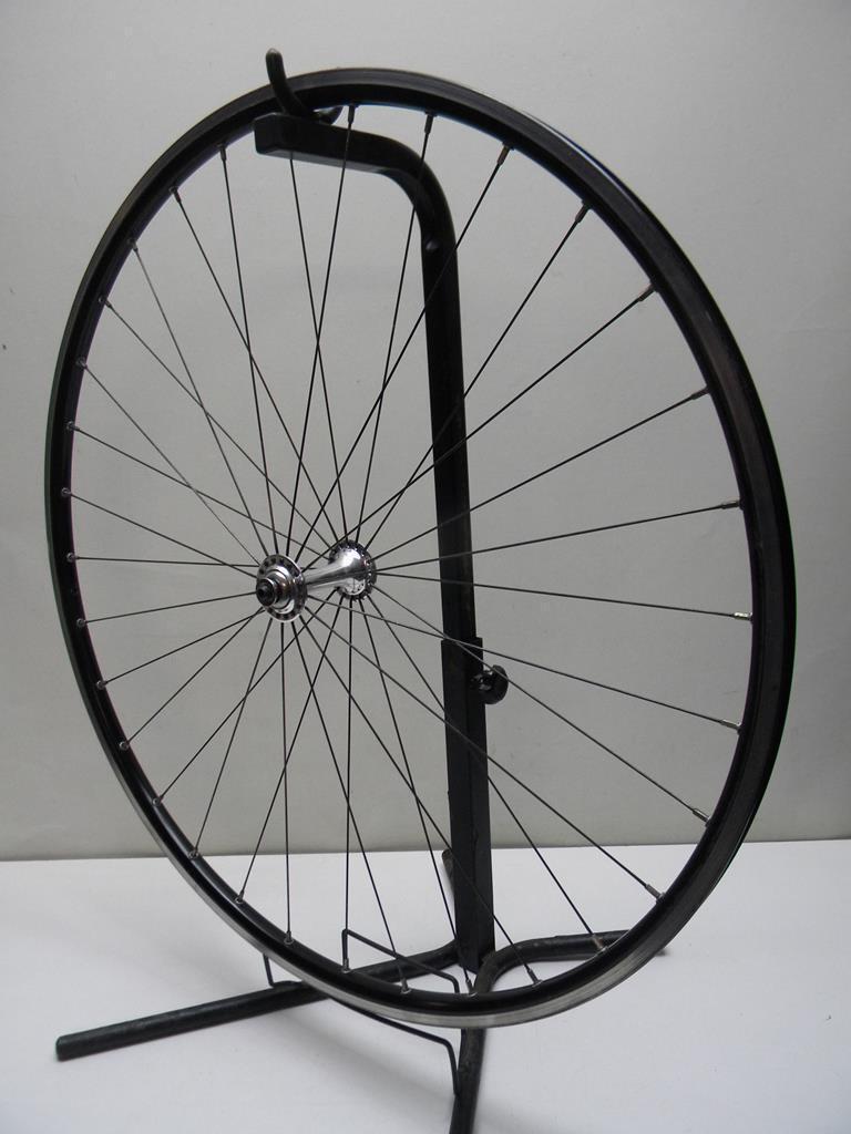 Vintage Front Wheel Shimano Ultegra HB-6500 Hub (W44)
