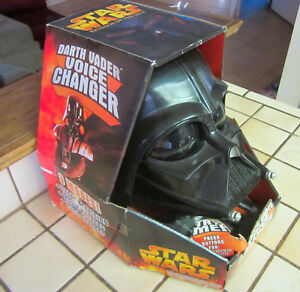 2005-Hasbro-Star-Wars-Darth-Vader-Casco-Voice-Changer-Nuovo