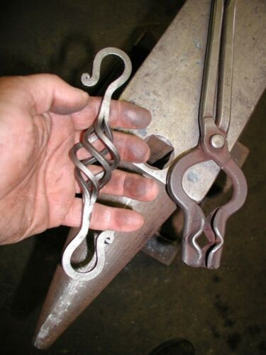 """Wrought Iron Misson 5//16/"""" Twisted 1 5//8/"""" x 3/"""" links Lighting Lamp Chain"""