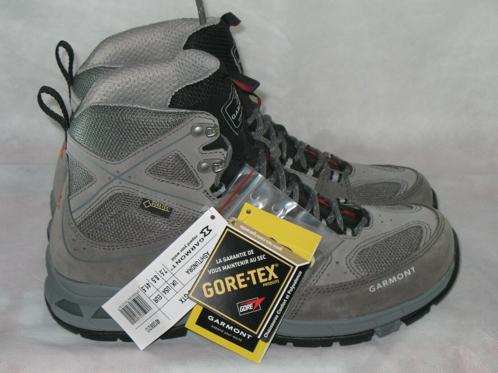 Garmont Trail Beast Mid GTX, (MEN 8.5) NEW WITH TAGS and BOX. NICE
