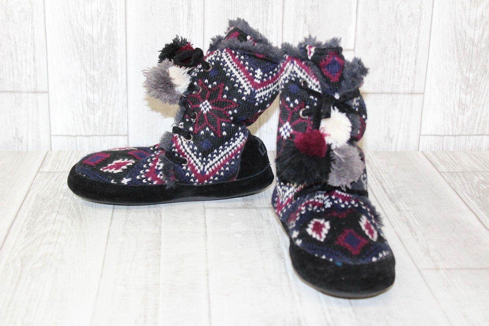 Muk Luks Boot Slipper - Women&#039;s Size 5/6, Black/Maroon/N<wbr/>avy
