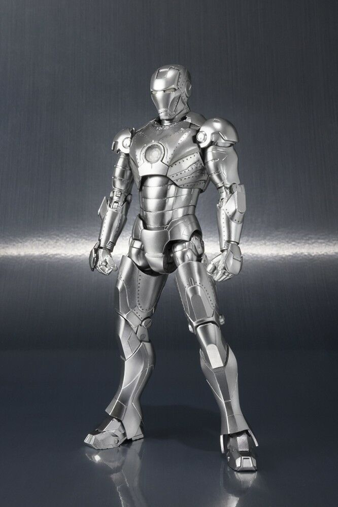 IRON MAN MARK II AND HALL OF ARMOR SET S.H.FIGUARTS BANDAI